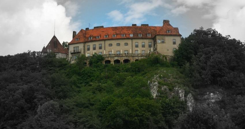 Castello Przegorzały (Cross)